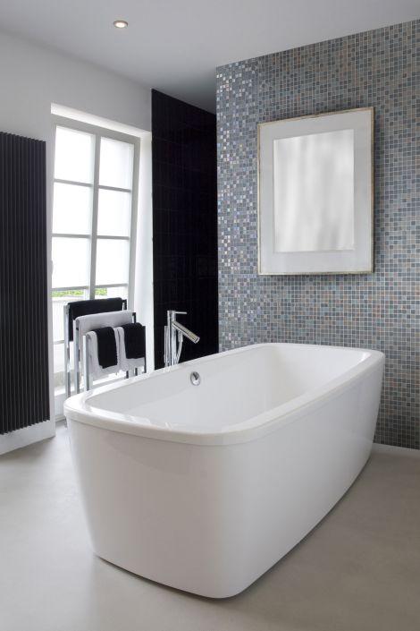Мозаика Moon Mix Iris микс в интерьере ванной комнаты