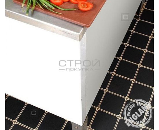 Черная лента виниловая самоклеющаяся Resilient, на кухонной плитке