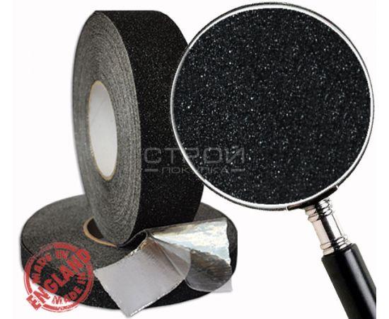 Черная формуемая противоскользящая лента на алюминиевой основе принимает форму поверхности