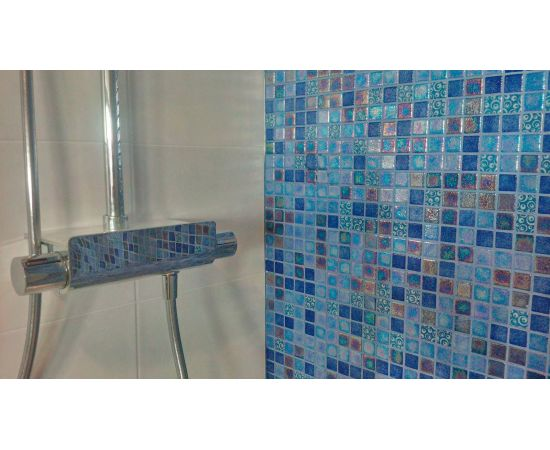 Мозаика Blueberries Topping (Испания, Ezarri) оживит любой интерьер кухни или комнаты.